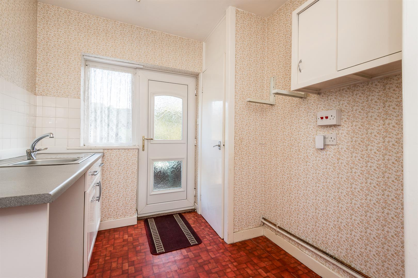 2 Bedroom Semi Detached Bungalow Sale Agreed Image 4